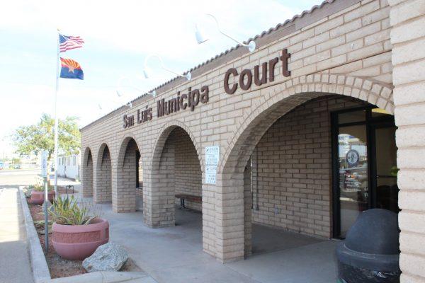Analizan contratación de intérprete para Corte Municipal de SLAZ