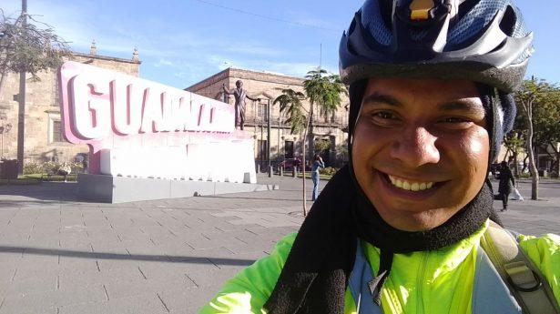 Viajeros comparten sabiduría ciclista