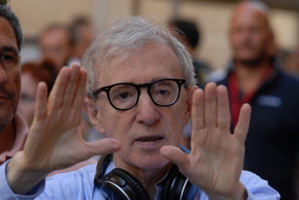 Woody Allen niega haber abusado sexualmente de su hija