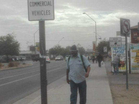 """Recomiendan """"congelar"""" salario mínimo en Arizona"""