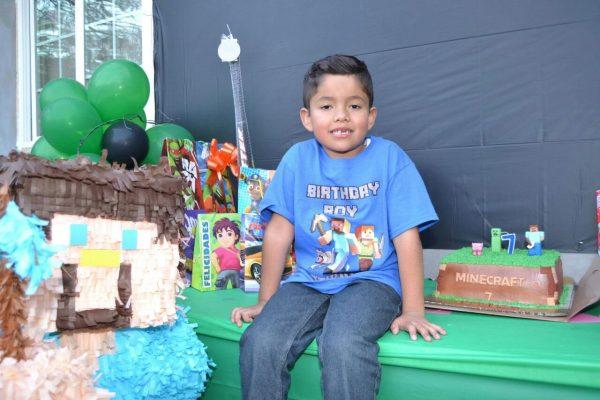 Alegre fiesta infantil en honor de Joshua