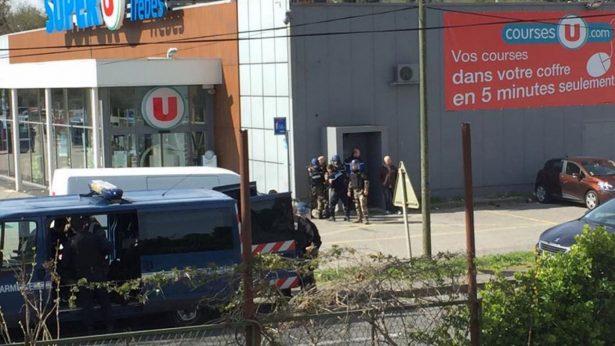 Toma de rehenes en Francia fue un ataque terrorista islamista: Macron
