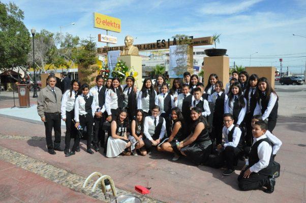 Estudiantes  de la 30 participan  en lucido  evento