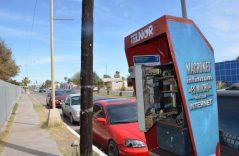 Los telefonos publicos san vandalizados