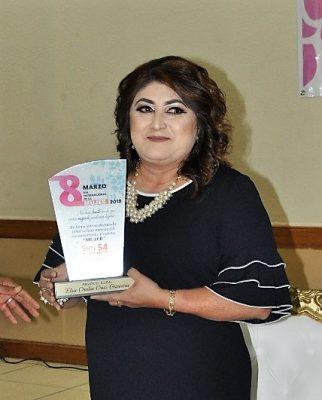 "Recibe Elsa Cruz mérito ""Mujer 2018″"