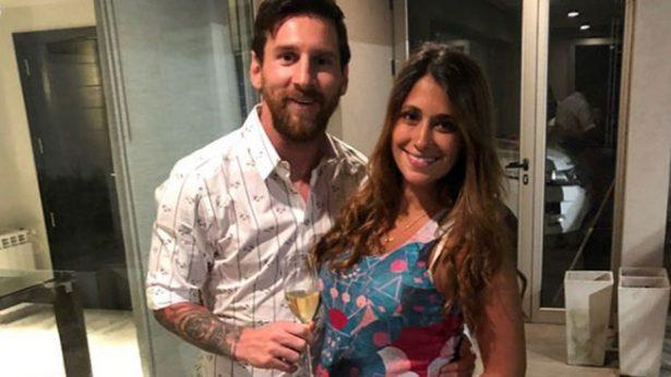 Con enternecedora foto, Lionel Messi celebra la llegada de su tercer hijo