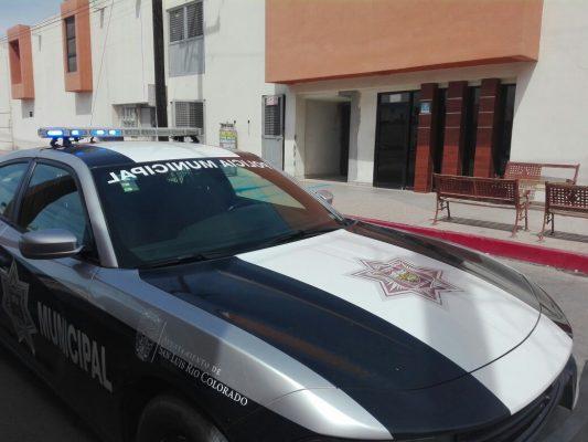 Atienden en San Luis a hombre baleado en BC