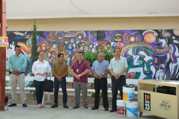 Restaurarán murales de Hermes Flores