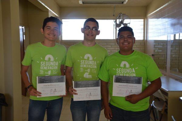 Estudiantes muestran espíritu emprendedor