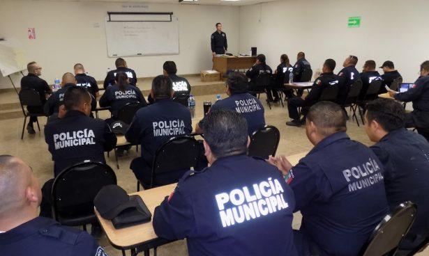 Actualizan a policías municipales en competencias básicas policiales