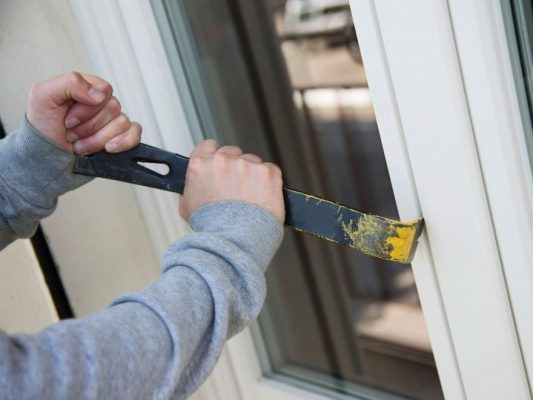 Previenen robos en casas solas