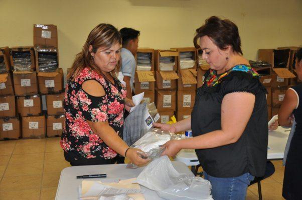 Canaco distribuirá uniformes escolares