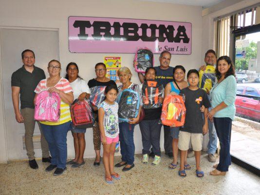 Obtienen una mochila con PROFECO y TRIBUNA