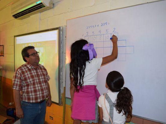 Método matemático de Javier Mendoza es acorde a las exigencias de la educación del siglo XXI