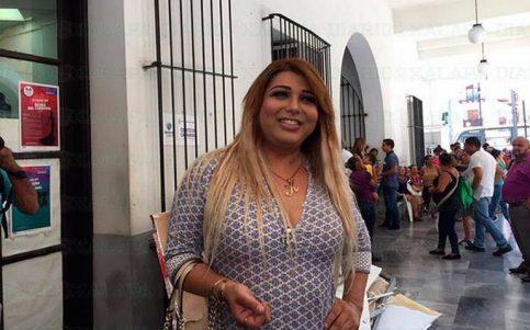 Niegan a trans registro para reina del Carnaval de Veracruz; participará de otra forma