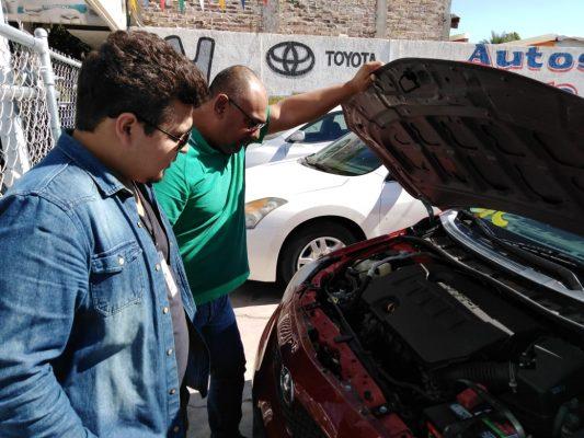 Alertan por estafas a vendedores de carros