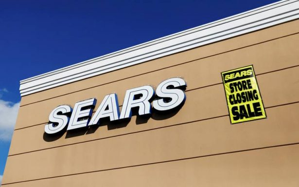 Por deudas y pérdidas, Sears se declara en bancarrota en EU