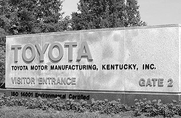 Comienzan despidos en sede de Toyota en Kentucky