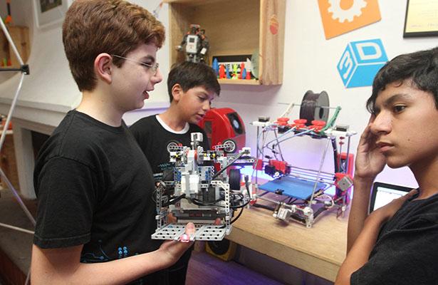 Niños zacatecanos al Mundial de Robótica