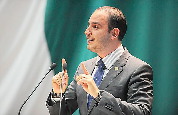 Presenta grupo parlamentario del PAN paquete de iniciativas